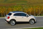 foto: Fiat-500X Lounge 2015 lateral dinamica [1280x768].jpg